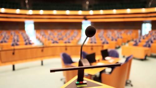 Het spreekgestoelte in de Tweede Kamer
